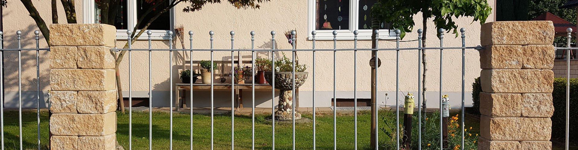 Gartenzäune aus Stahl verzinkt